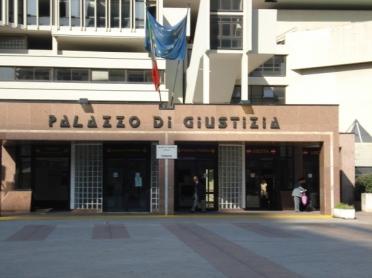 Palazzo di Giustizia Napoli