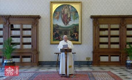 papa francesco angelus carceri
